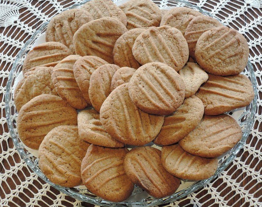 Moms' Molasses Cookies