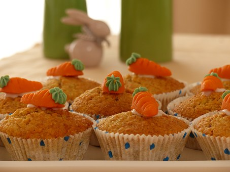 Spicy Apple Carrot Muffin